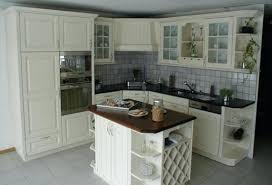 retaper sa cuisine refaire une cuisine ancienne relooker la meubles comment