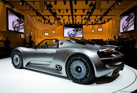 spyder porsche price porsche 918 spyder purchase price to nudge 750 000 photos 1 of 5