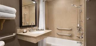 Lauren Conrad Bathroom by Hotels In Franklin Tn The Embassy Suites Cool Springs