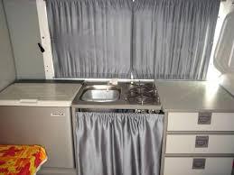 rideau pour placard cuisine rideau sous evier cuisine affordable placard cuisine avec rideau