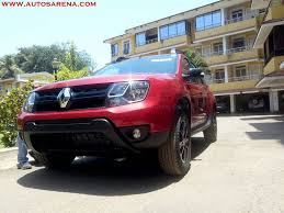 renault duster black renault duster xtronic cvt petrol arrives at dealer before launch