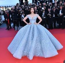beautiful dress what are some of the most beautiful dresses worn by