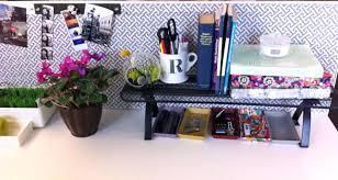 Decorate Office Desk Ideas Ways To Decorate Your Office Desk Ideas Decor Work Decoration