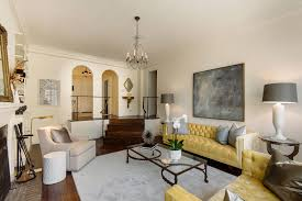 Carrie Bradshaw Apartment Floor Plan by Candace Bushnells Nyc Apartment Inside The Real Life Carrie Carrie
