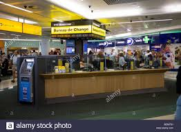 gatwick airport bureau de change bureau de change office operated by ttt moneycorp at gatwick