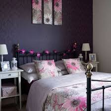 Bed Linen Decorating Ideas Cosy Bedroom Decorating Ideas 10 Of The Best Feature Wallpaper