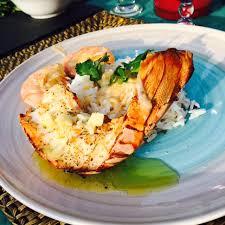 cuisine langouste plancha queues de langoustes rôties sauce à l ail et au citron