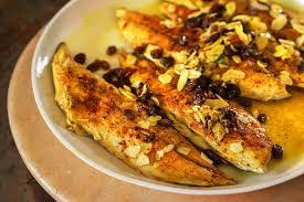 cuisiner des filets de maquereaux filets de maquereau aux amandes et raisins recette épices de cru