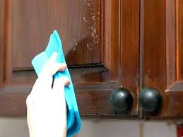 cleaning oak kitchen cabinets what to use to clean wood kitchen cabinets cleaning cherry kitchen