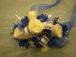 Prom Corsage And Boutonniere Send Prom Corsages U0026 Boutonnieres In Bothell Wa The Bothell
