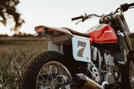 this is the drz400 variant that suzuki should make flat tracker