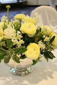 Table Flowers by 23 Best Spring Flower Arrangements Images On Pinterest