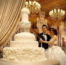 big wedding cakes wedding cakes 65 sweetest cakes everyone will elasdress