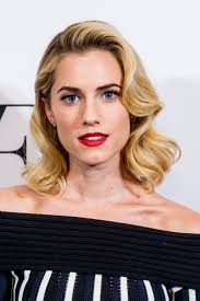 How To Change Your Eyebrow Shape 40 Best Celebrity Eyebrow Shapes In 2017 Guide To Perfect Eyebrows