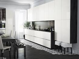 cuisine blanche sol noir cuisine noir et blanche free cuisine with modele cuisine