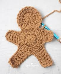 How To Crochet A Rug Out Of Yarn Crochet Gingerbread Man Repeat Crafter Me