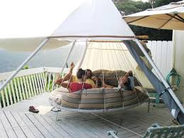 Hanging Canopy by Sunbed Patio With Large Capacity And The Strong Hanging Bed For