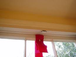 How To Hang Fabric On Walls Without Nails by How To Hang Wreaths On Outside Exterior Windows