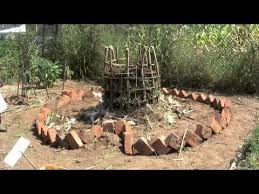 keyhole garden how to make an african style raised bed youtube