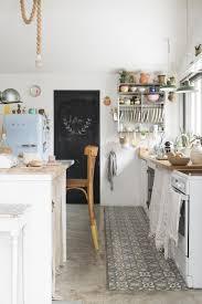 la cuisine familiale découvrez la déco authentique et naturelle de cette magnifique