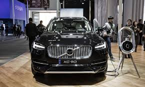 analysts react to volvo u0027s bet on electric and phaseout of
