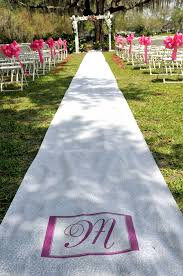 Isle Runner Outdoor Wedding And Aisle Runner U2026 What To Do Weddingbee