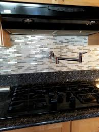 need help for paint color to match this kitchen