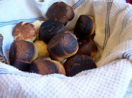 memories of thanksgiving day and dinner rolls being