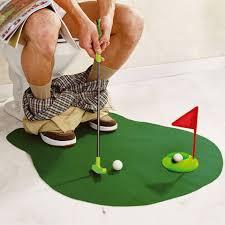 mini golf de bureau 10 cadeaux pour changer un appart en salle de sport insolite