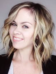 best curling iron for short fine hair curling short hair with a curling wand video tutorial the quick