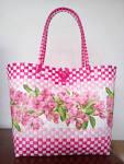 ตะกร้าพลาสติกสาน ลายดอกไม้สีชมพู - littleidea.lnwshop.com ขายกาว ...