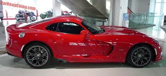 2014 dodge viper msrp dodge cuts 15k the 2014 and 2015 viper srt s price
