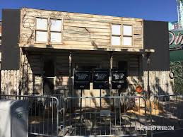 universal orlando halloween horror nights 2015 sneak peek of halloween michael myers comes home at universal