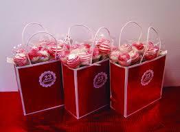 wedding treat bags cakepops 23sweets