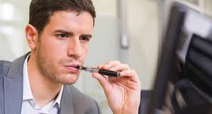 vapoter dans les bureaux la cigarette électronique au travail