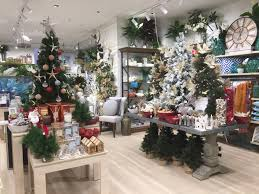 file shop with christmas decorations indooroopilly shopping