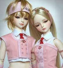 dynamic views pretty barbie doll couple wallpapers free download