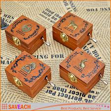 Unique Music Box Retro Vintage Wooden Hand Crank Music Box Orgel 4 Patterns