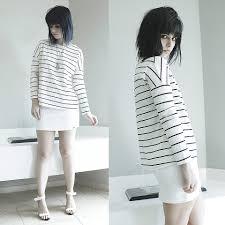 lidia zuin fashion mia striped t shirt voiceless snakeskin