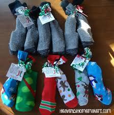 christmas sock gifts http heavenlyhomemakers com fun christmas