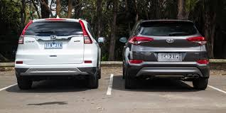 hyundai tucson or honda crv 2015 hyundai tucson v honda cr v diesel comparison review