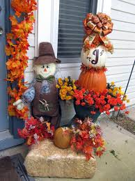 scarecrow halloween decorations pictures of hay bale decorations with scarecrows pulled out