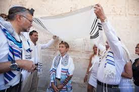 bar mitzvah in israel myers photography bar mitzvah photography robinson s arch