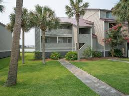 Backyard Grill Area by 27 Mariners Cay Riverfront 2 Story Homeaway Folly Beach