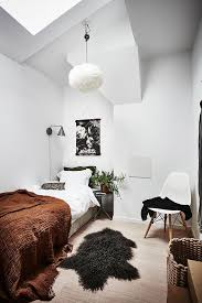 White Walls Home Decor 25 Best Small White Bedrooms Ideas On Pinterest Small Bedroom