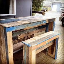 Patio Furniture With Pallets - outdoor pallet bar u0026 patio furniture