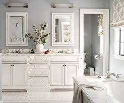 Blue And White Bathroom Accessories by Best 25 Gray And White Bathroom Ideas On Pinterest Gray And