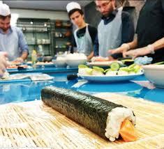 cours cuisine sushi le des cours de cuisine à album photos