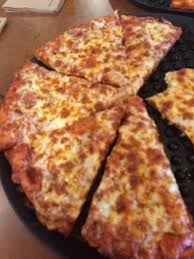 round table pizza pan vs original crust round table pizza bellingham menu prices restaurant reviews
