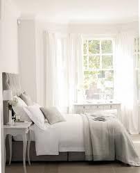 Small Bedroom Modern Design - White bedroom designs
